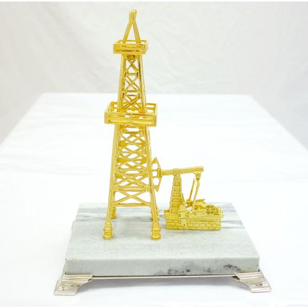 Как сделать нефтяную вышку своими руками 70